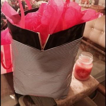 Victoria's Secret Black & White Striped Beach Shoulder Bag Tote Bag LARGE