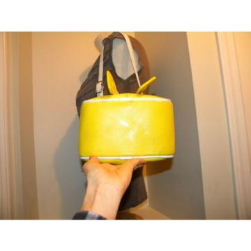 Pretty! DIAMOND & RENEE LEATHERCRAFT Yellow/White Summer Fish Beach Bucket bag