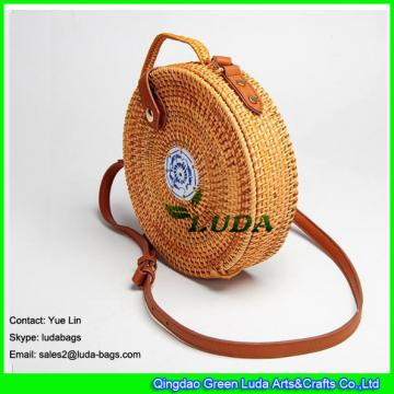 LDTT-032 round shape rattan shoulder bag blue and white porcelain decorated straw rattan handbags