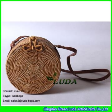 LDTT-037 Fashion natural ata bag hand woven round women beach straw bali bag