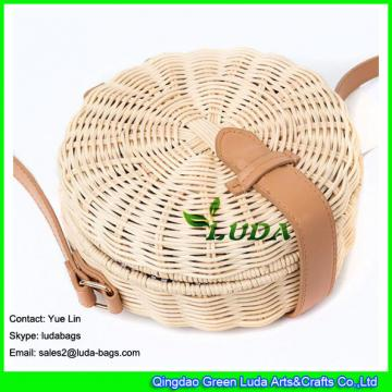 LDTT-027 2018 new handbag  lady casual summer round straw  rattan beach bags