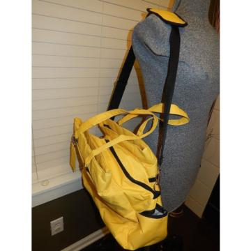 Yellow Travel Trend Weekend/Travel/Gym/Picnic/Beach Duffel Bag