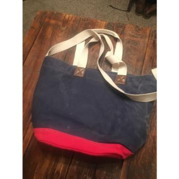 Tommy Hilfiger Large Tote/Travel Bag/ Beach Bag