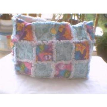 Rag quilt purse tote beach bag colorful fish and sand dollars